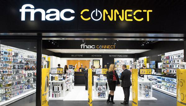 Carte Auchan Wallet.Fidelite Le Mobile Bouleverse Enfin Les Cartes Le Hub